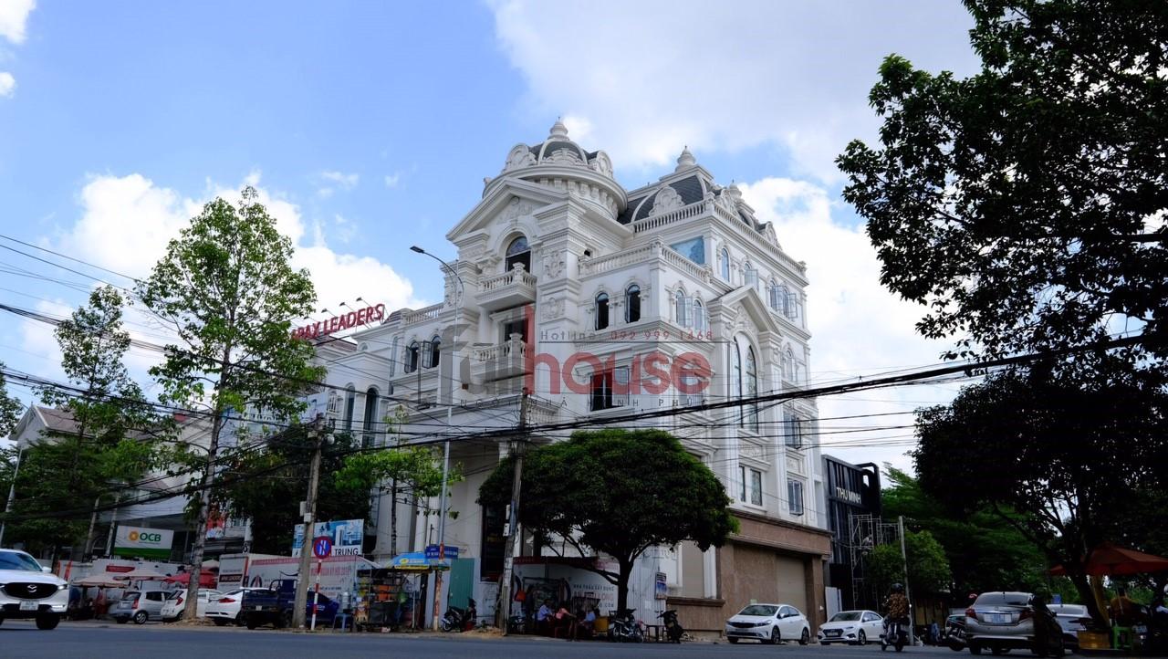 Công trình biệt thự đường Võ Thị Sáu, phường Thống Nhất, Thành phố Biên Hòa